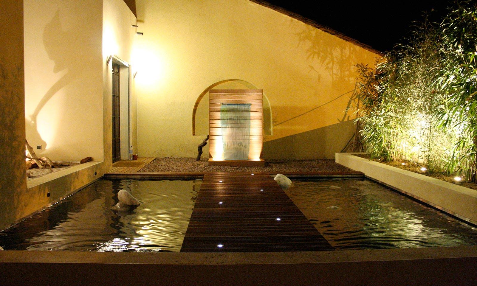 By olivier clavel fontaine bassin ou aquarium sur mesure for Bassin design