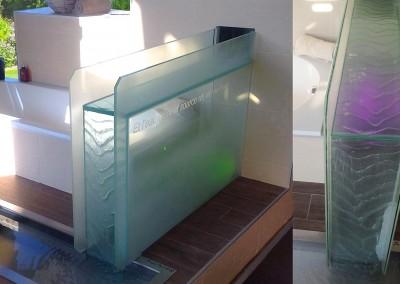 Fontaine river zen dans une salle de bain